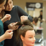 Выбираем курсы парикмахера