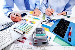 Почему выгодно получить профессию бухгалтера?